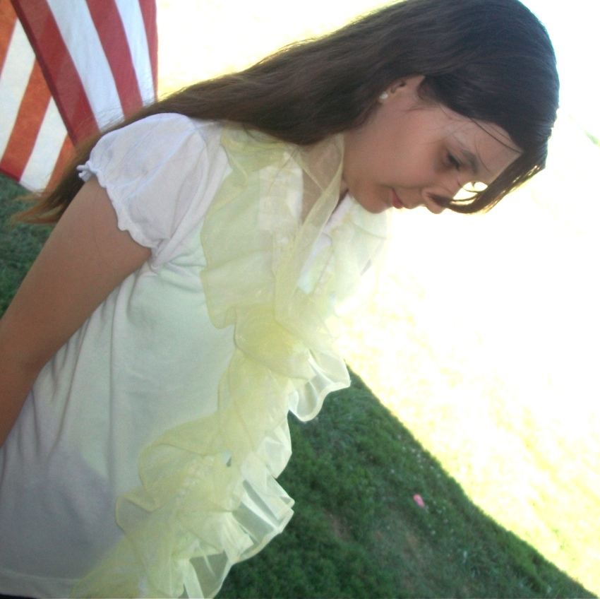 Ruffle Scarf - Apron Strings & other things