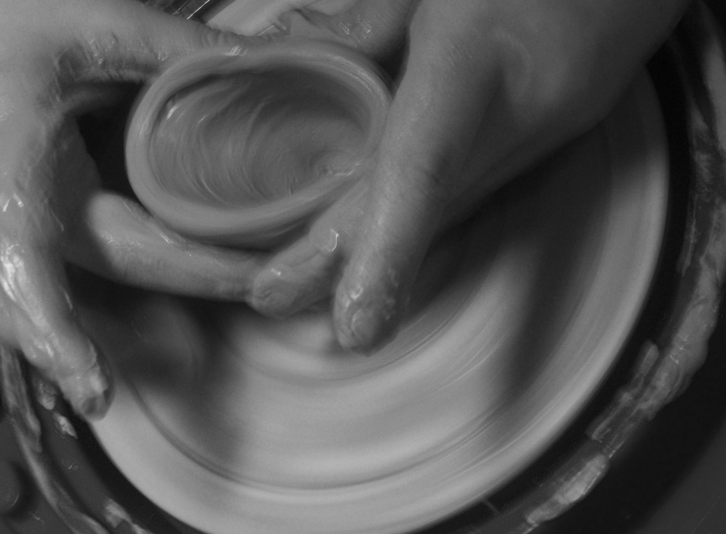Creating with a Potter's Wheel at ApronStringsOtherThings.com