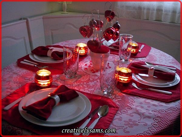 Valentine-Love-Tablescape-Lit