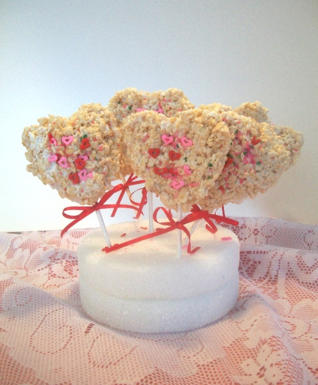 Valentine Rice Krispies | Apron Strings & other things
