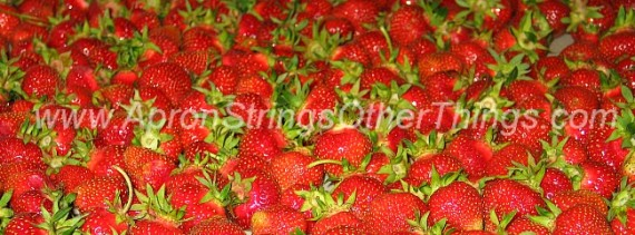 How to Make Strawberry Jam - Apron Strings & other things