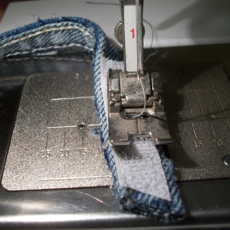 Denim Apron hemming - Apron Strings & other things