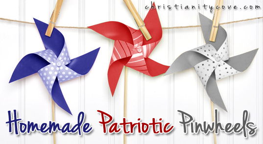6.25.15 homemade-patriotic-pinwheels