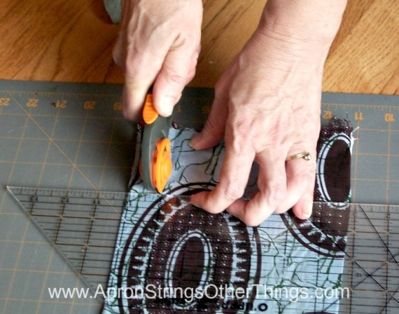 Easy to Sew Two-Sided Scarf make fringe - Apron Strings other things