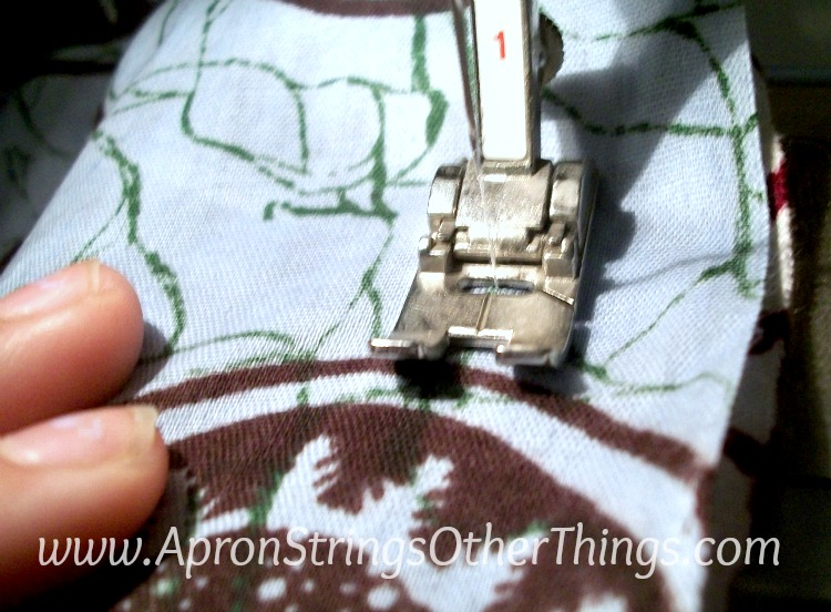 Easy to Sew Two-Sided Scarf seams - Apron Strings other things