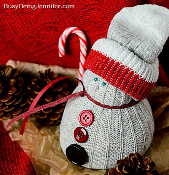 hfh-12-1-16-diy-christmas-sock-snowman-from-busybeingjennifer-com_