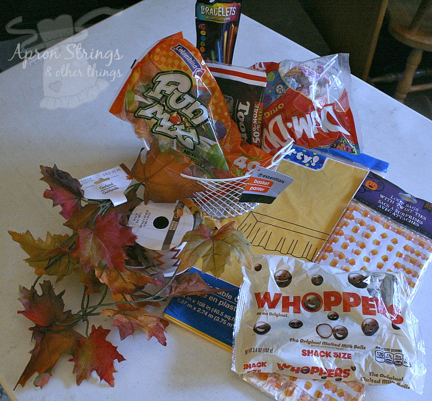 family fun night treats from dollar tree halloween alternative at ApronSTringsOtherthings.com #dollartreeholiday