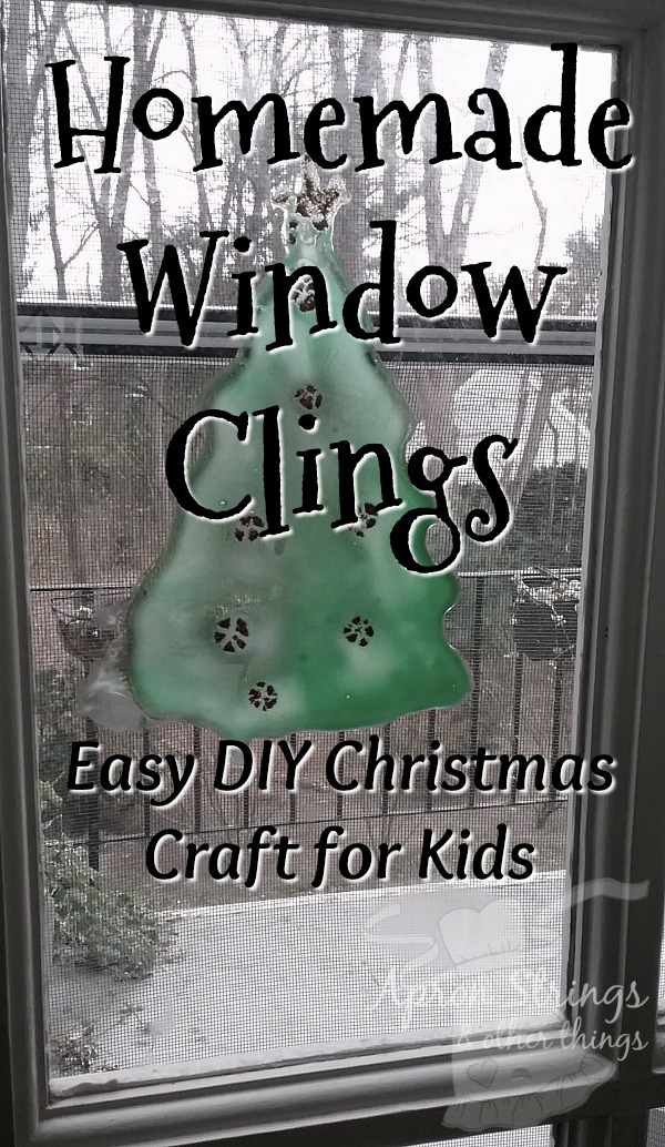 homemade window clings christmas tree Glue and Food Coloring at ApronSTringsOtherThings.com
