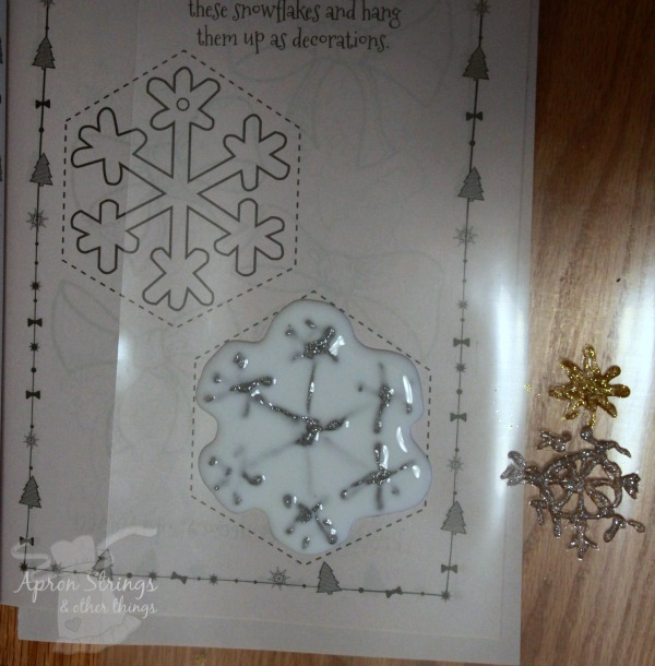 snowflake homemade window clings at ApronStringsOtherThings.com