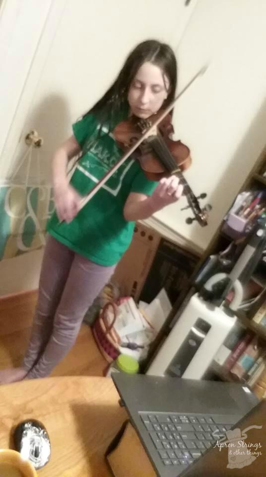 violin lessons at home live online Practice Monkeys at ApronStringsOtherThings.com